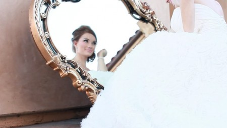 The bride was actress and model Caitlin O'Connor. Here she is looking gorgeous into our Baroque Mirror!