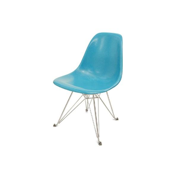 Eames Fiberglass Side Chair ...