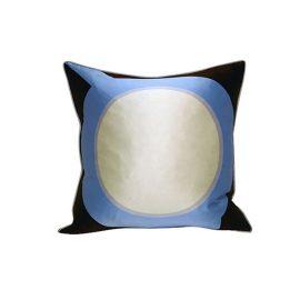 R40071-00_planet_pillow