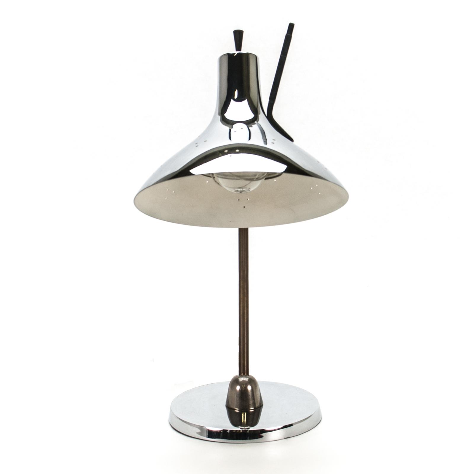 desk lamp rentals design lighting rental delivery. Black Bedroom Furniture Sets. Home Design Ideas