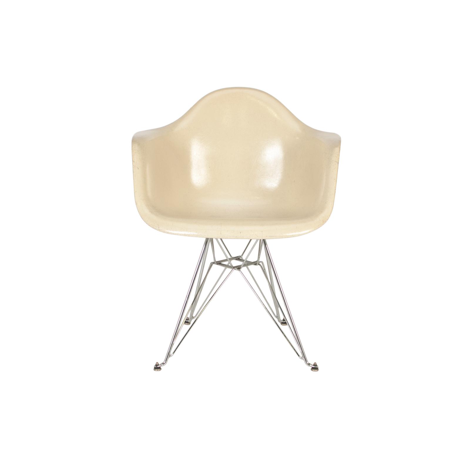 Eames Armshell Chair Eiffel Base ...