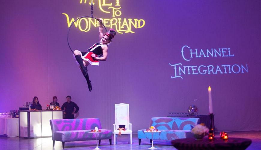 The-Key-to-Wonderland-event-furniture-rental-3