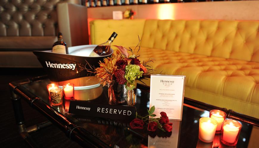 Hennessy-All-Star-Celebration-VSOP-Privilege-erick-aybar-sofa-rental-5