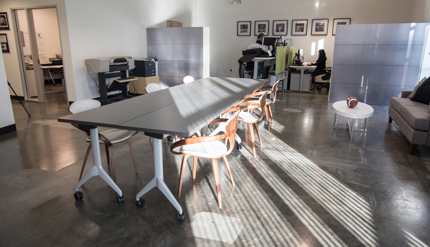 Office-furniture-rental-Huntington-Beach-commercial-staging-18