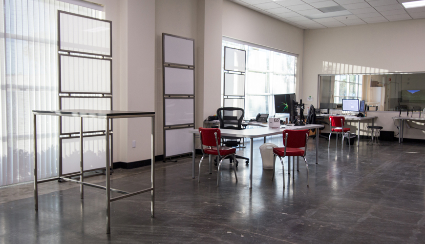 Office-furniture-rental-Huntington-Beach-commercial-staging-23
