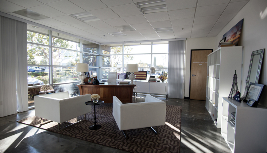 Office-furniture-rental-Huntington-Beach-commercial-staging-8