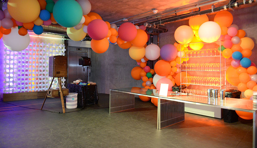 red-light-events-criteo-holiday-party-furniture-rental-10