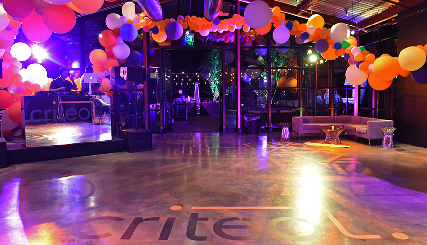 red-light-events-criteo-holiday-party-furniture-rental-9