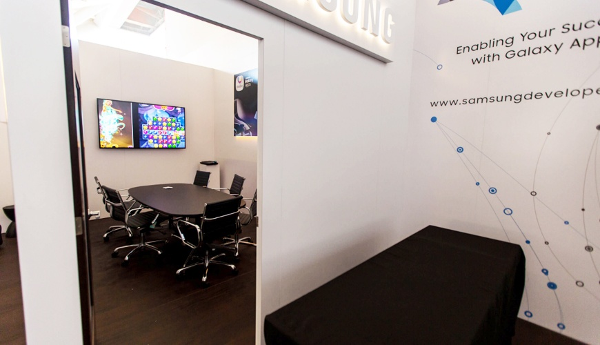 Samsung Lounge for Game Developers Conference trade show furniture rental 3
