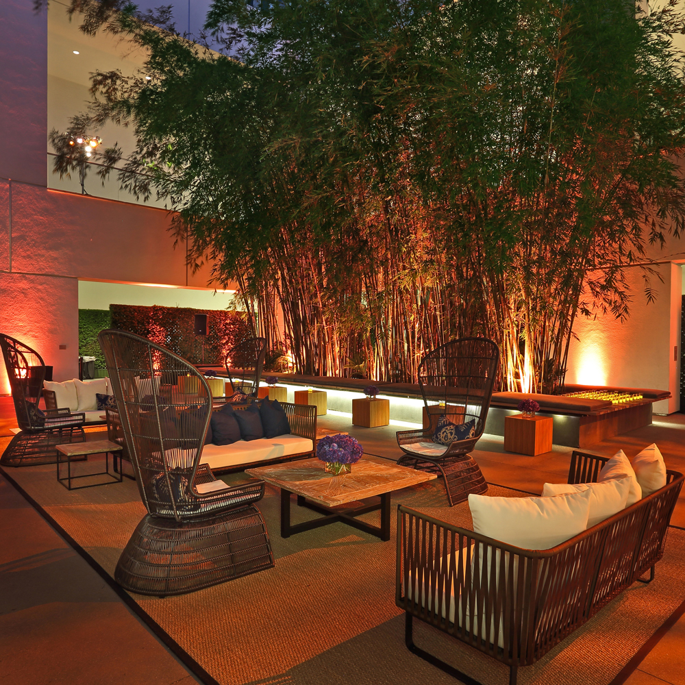 Peacock Chair Rentals | Outdoor Furniture Rental | FormDecor