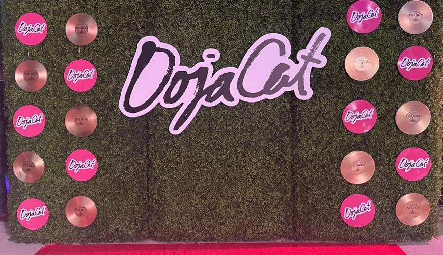 Doja-Cat-Grammy-Party-2021-furniture-rental-4